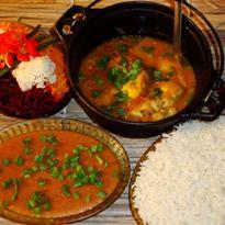 Moqueca-de-Piratinga-pirao-arroz-e-salada-01